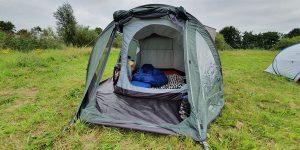 kampeerspullen voor een warme nacht in tent